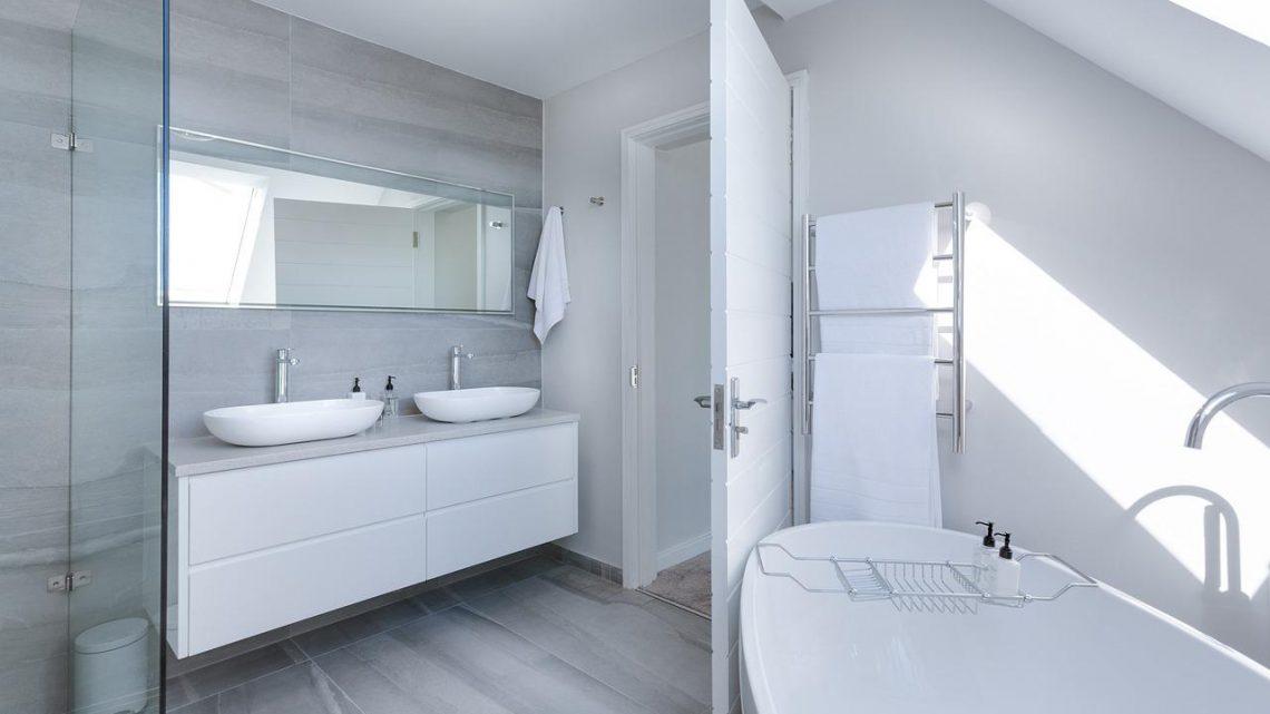 Een PVC vloer in de badkamer